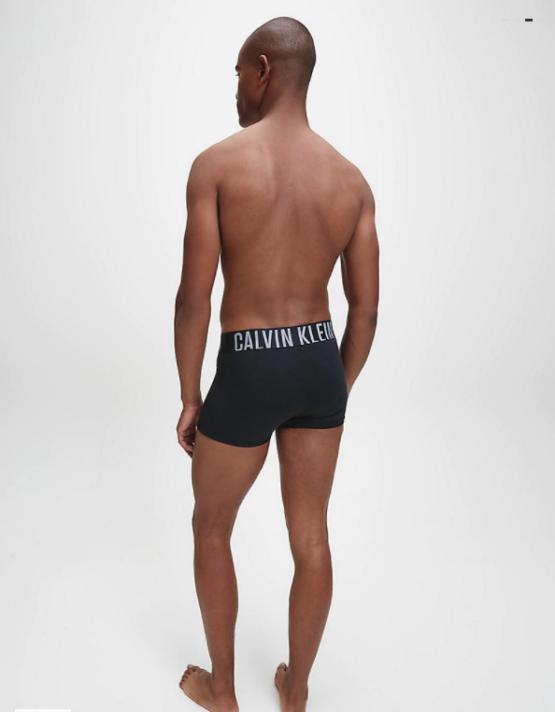 BOXER UOMO CALVIN KLEIN ADERENTI IN CONFEZIONE DA 2 – INTENSE POWER indossato 2