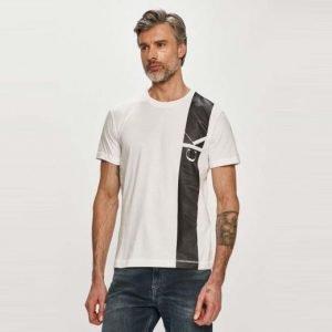 T-shirt Calvin Klein davanti